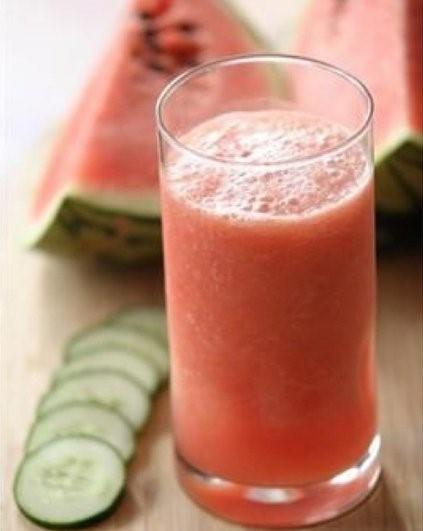 refreshing watermelon smoothie